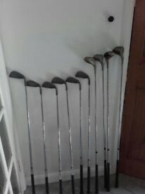 Set of left handed golf clubs