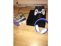 PS4, 2 controllers, loads of games, PS4 headset
