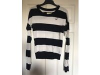 Hollister jumper size Medium