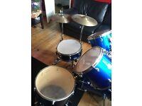 trixon drums set in good condition