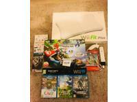 Nintendo Wii U 32gb premium console with Mario Kart 8 installed , 10 games , Wii fit plus etc