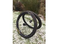 650b 27.5 Giant P AM-2 tubeless mountain bike wheelset and tyres