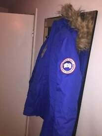 canada goose parka coat size m excellent quality