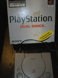 PLAYSTATION 1 DUAL SHOCK CONSOLE ONLY BOXED VINTAGE
