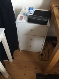 Selling tables, chair, vacuum cleaner/hoover, juicer