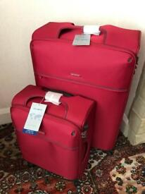 2 x Samsonite new cabin and Large suitcase