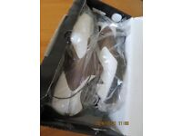Footjoy Contour Series Golf Shoes size 9.5 - Brand New in Box