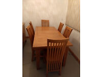 Dining Table & 6 Dining Chairs in Solid Oak