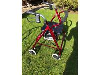 Walking zimmer with seat