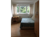 AMAZING DOUBLE ROOM FOR A COUPLE ONLY 2 MIN WALK FROM MILE END STATION, ZONE 2