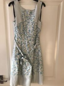 DRESS - Brand New Warehouse Size 8, floral pattern