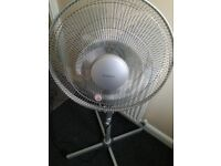 Floor free standing fan