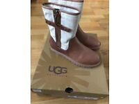 BRAND NEW UGG BOOTS, BOXED, SIZE 4.5......COST £100 IN THE SALE, BARGAIN