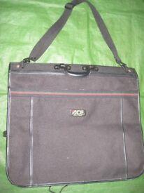 ACE Black Fabric Suit/Clothes Carrier