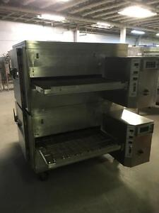 LINCOLN CONVEYOR PIZZA OVEN 32""