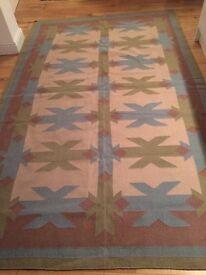 Large blue / green kilim rug (185cm x 292 cm)