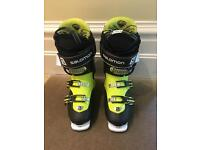 Salomon ski boots size 27.5/UK 9.5