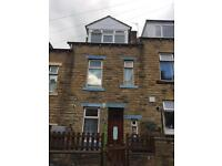 4 BEDROOM TERRACED HOUSE TO LET