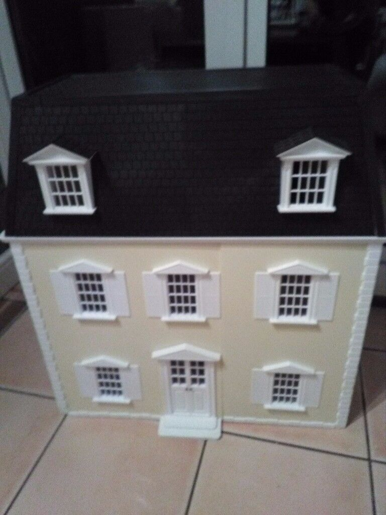 Dolls house..victorian set up