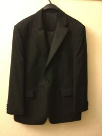 Gents dinner suit
