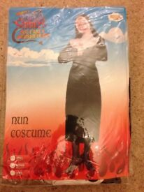 Nun Fancy Dress costume med new in packet