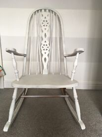 Large rocking chair, beautiful vintage piece, needs updating but otherwise in good condition