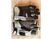 Gill short finger sailing gloves. Size Large.