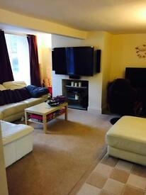 Friendly house share town centre