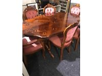 Italian great condition table and six lovely chairs