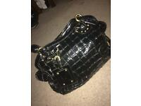 Black Glossed Cangru Handbag