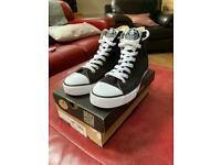 Size 5 (Euro 38) Dunlop Black & White Canvas Hi Tops