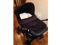 Sought after compleat Silver Cross Sleepover Travel System / Cot Bed including isofix Base