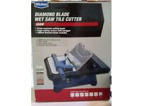 Wickes Tile Cutter - Diamond blade wet saw 650w