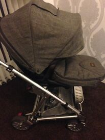 Mamas and papas urbo 2 pushchair in chestnut