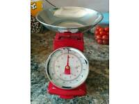 Red kitchen scales