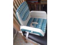 Chicco Mode Feeding Booster Seat in great condition