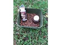 25kgs bollies and bait buckets