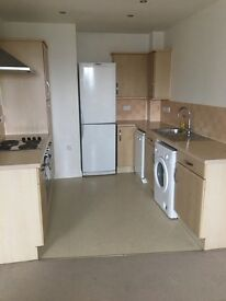 Top floor 2 bed apartment in small well run development off Blackbird Road