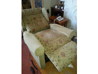Electric and vibrating recliner