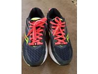 Saucony trainers size 5 nearly new, used about 4 times (small runs) but prefer wider fit trainers