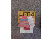 Vespa et4 125cc/Vespa gts/got/gilera runner/piaggio plate & logbook
