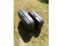 Pair of Pierre Cardin Hard Shell Suit Cases