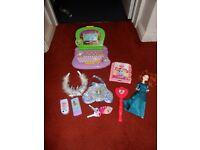 Small bundle of Princess Disney toys