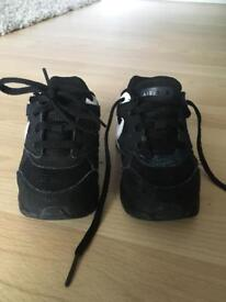 Nike Air Max Toddler Boys Trainers, Size 5.5
