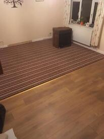 Laminate and tiling flooring specialist