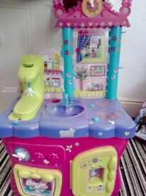 Minnie play kitchen