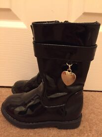 Girls Black Patent boots Size 6 Infant