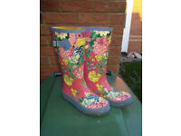 Joules Floral Pattern Wellies UK Size 1