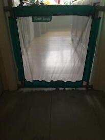 Portable baby stair gate/ guard