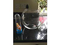 Fish bowl globe